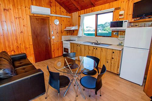 cabinMahogany-948