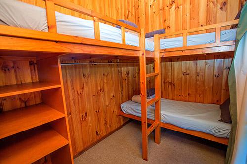 cabinMahogany-955