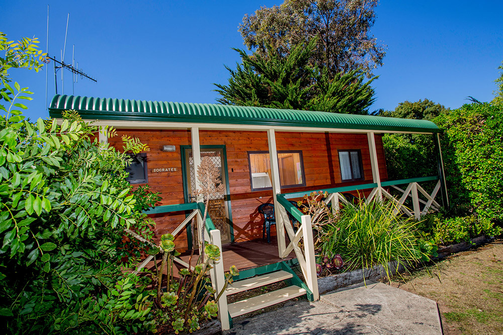 Port Fairy Accommodation | Standard Two Bedroom Cabins